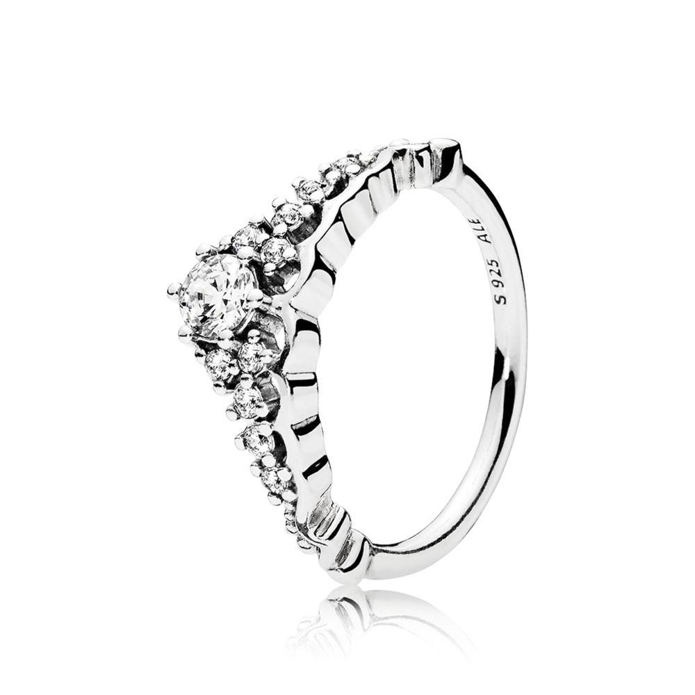 anello a forma di tiara pandora