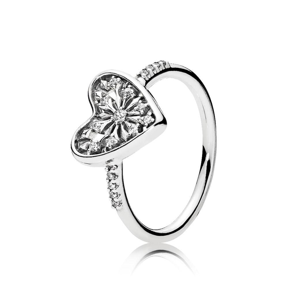 costo anello pandora con cuore